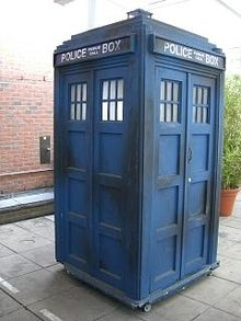 THE TARDIS - DR WHO